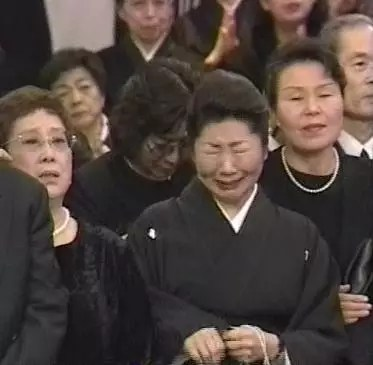 山岡久乃 告別式