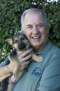 Iams Mike Arms with Puppy 1_2010