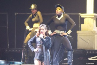 Rihanna-dancer