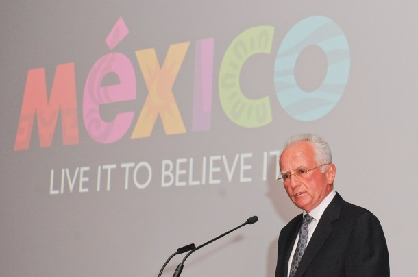 "Rodolfo Lopez Negrete, CEO, Mexico Tourism Board, reveals Mexico Tourism Board's ""Live It To Believe It"" campaign at a gala event at the Art Gallery of Ontario in Toronto on Wednesday, October 30th, 2013. (CNW Group/Mexico Tourism Board)"