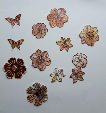 mm-embossed-flowers