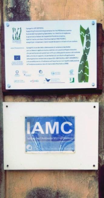 Targa al CNR-IAMC, Castellammare del Golfo