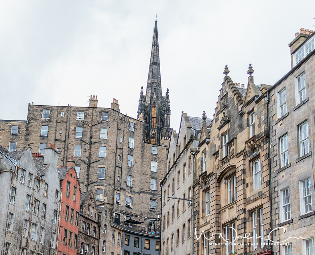 Discover the Grassmarket and things to do in medieval Edinburgh. Explore Old Town and New Town along with the many museums, monument, memorials and galleries of this historic city. Photo Credit Wendy Nordvik-Carr©