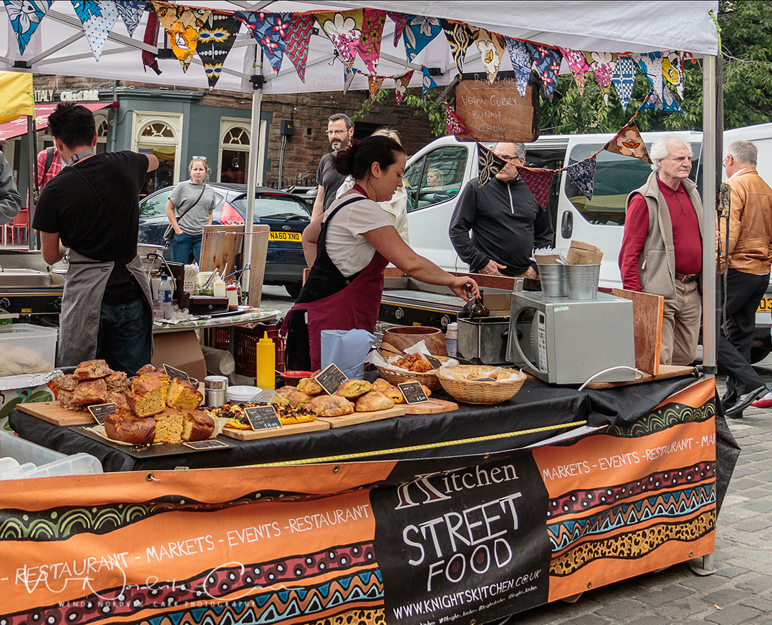Grassmarket food vendors. Discover things to do in medieval Edinburgh. Explore Old Town and New Town along with the many museums, monument, memorials and galleries of this historic city. Photo Credit: Wendy Nordvik-Carr