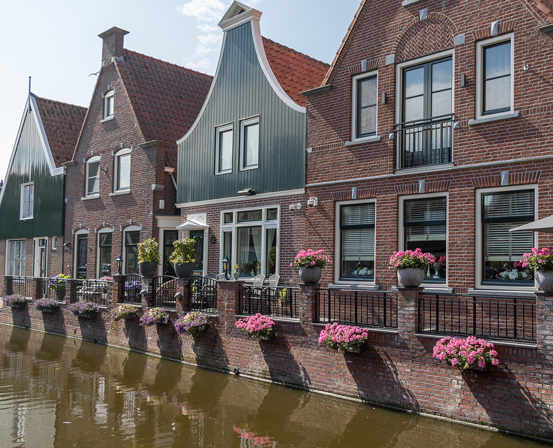 Discover Volendam and the Dutch countryside