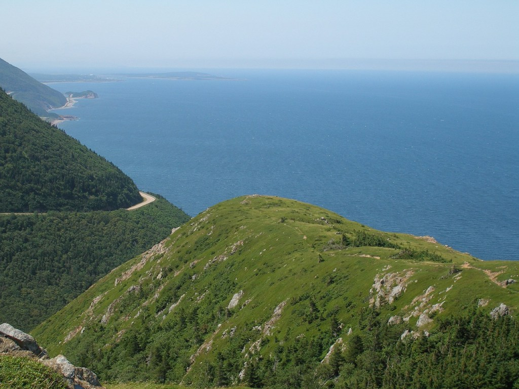 Top shore excursions for Sydney, Nova Scotia. What to see and do on the Cabot Trail on Cape Breton Island, Nova Scotia. It is one of the most scenic drives in Canada.