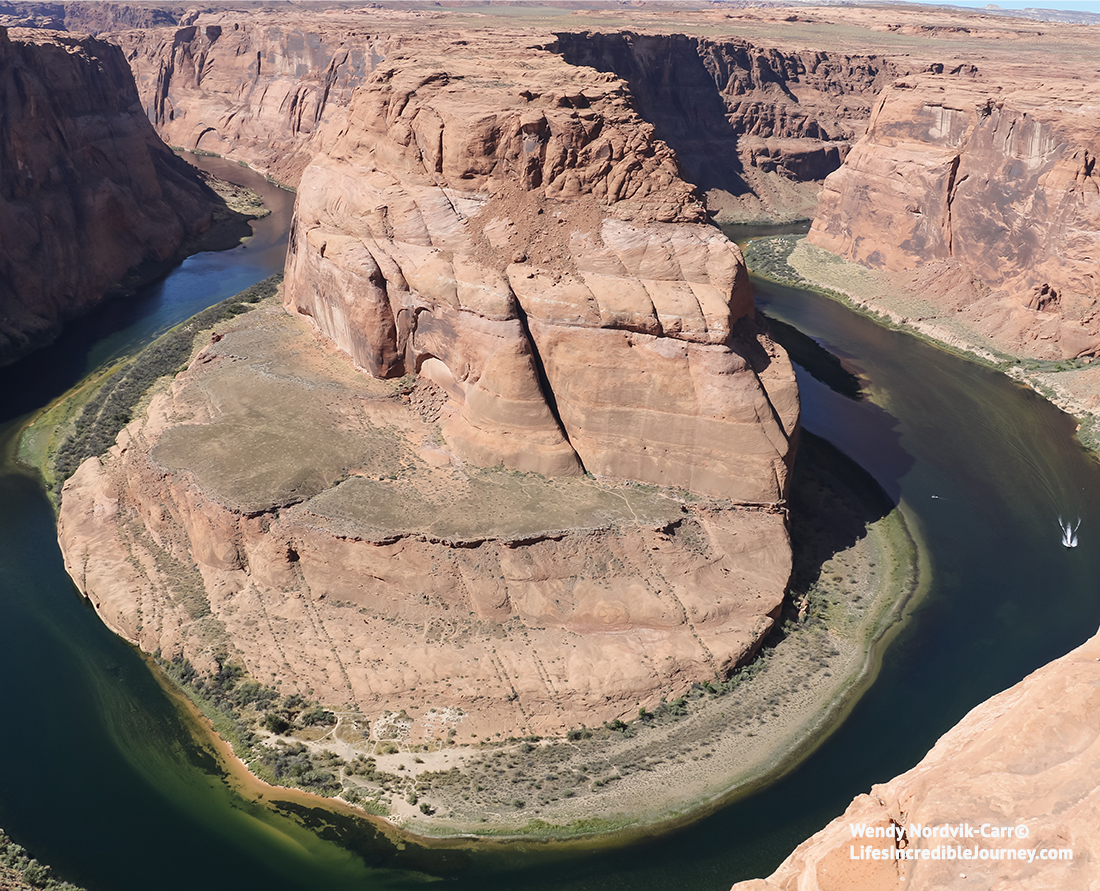 Explore the Horseshoe Bend one of the many must see top things to see near Lake Powell, Arizona. Photo Credit: Wendy Nordvik-Carr©
