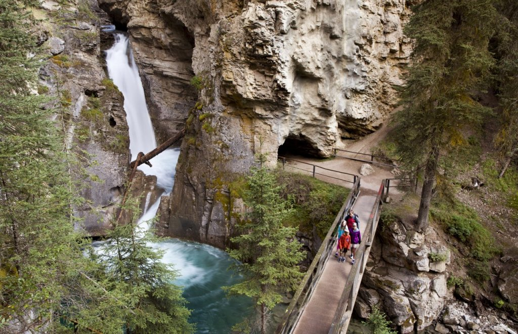 Hiking_Johnston_Canyon_Bow_Valley_Parkway_Paul_Zizka_2_Horizontal-medium
