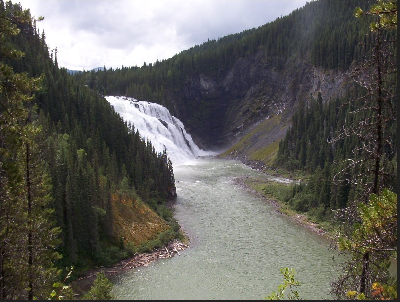 Kinuseo Falls near Tumbler Ridge. Photo: Wikipedia Creative Commons