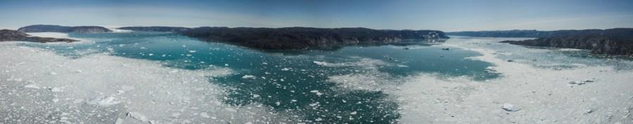Paysage magique lors d'une croisière au Groenland