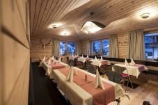 2 Posta Zirm Hotel_Stube Ottilia