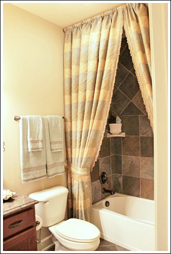 Think you can't use bright color because your room is small? Make your bathroom a relaxing retreat – LifeStuffs