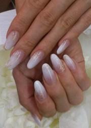 chic peek beautiful festive nail