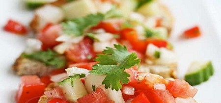 Fresh Tomato Garlic Salsa