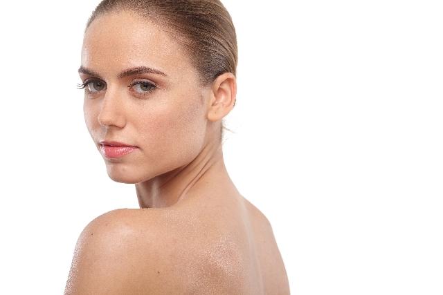 背中が痛いときに疑うべき病気の兆候と対処法7つ