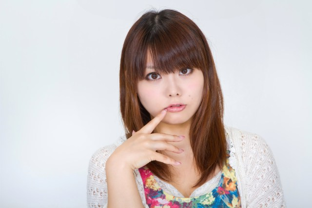 唇の腫れが治らないときに考えられる原因と対処法6つ