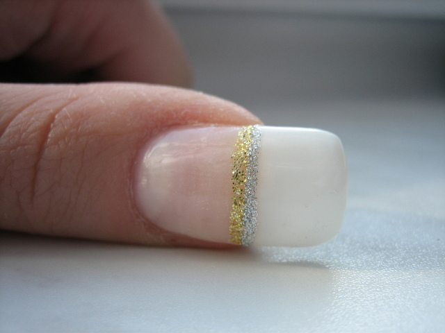 爪が変色している!色別の病気の原因と対処法5つ