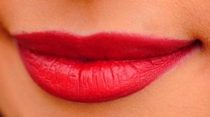 Simak Solusi Efektif Cara Memerahkan Bibir untuk Lebih Merona