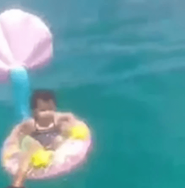 Baby girl rescued after floating a mile out to sea on rubber ring?on Tunisia beach (video)