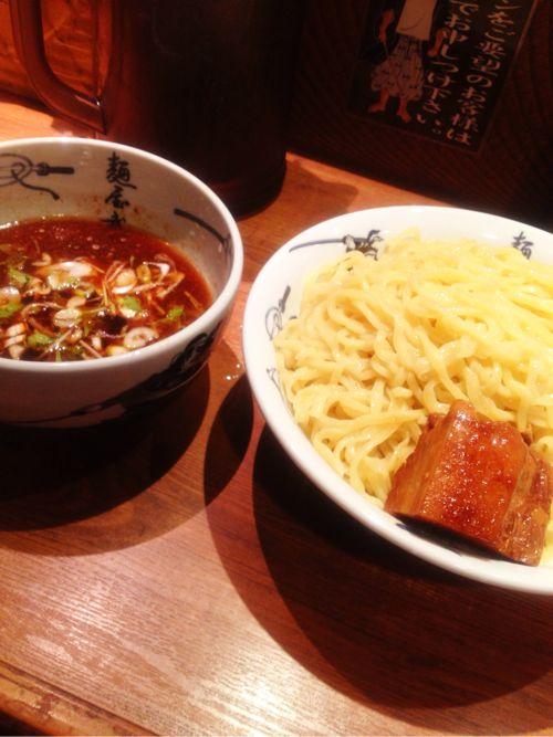 プルプルの角煮が美味!「麺屋武蔵 新宿本店」で角煮つけ麺を食べた!