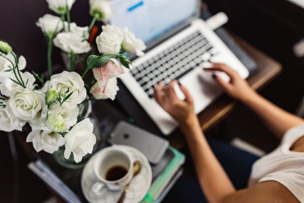 how to start a blog an make money