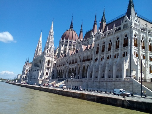 Travel to Budapest, Hungarian Parliament