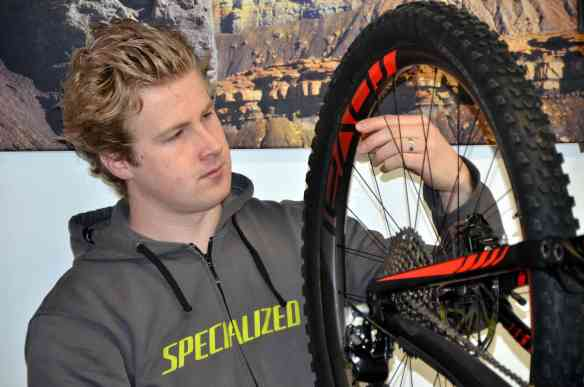 Lifestyle Cycles Velo Bike Rennvelo Elektrovel E-Bike Reparatur 2015