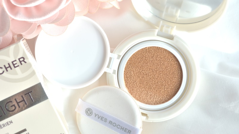 Yves Rocher Pure Light Cushion Foundation