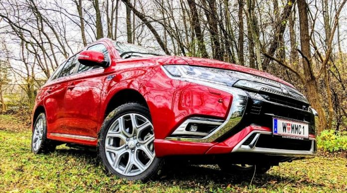 Mitsubishi Outlander PHEV Diamond