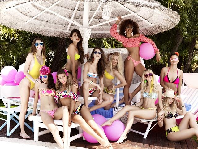 Costumi Da Bagno Bianchi 2014 : Costumi da bagno l estate è hyppie con la nuova collezione