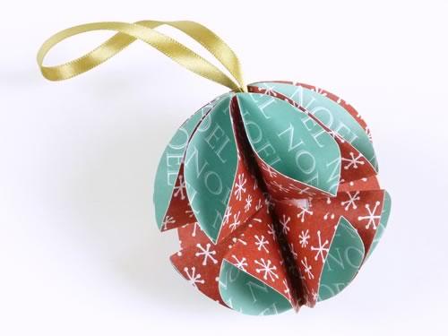 Estremamente Addobbi natalizi fai da te: come trasformare i biglietti d'auguri  CV01