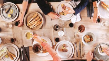 Organizzare una cena con amici: bon ton e consigli