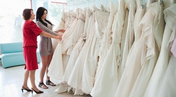 Dove comprare l'abito da sposa: 7 domande per capire se è il posto giusto