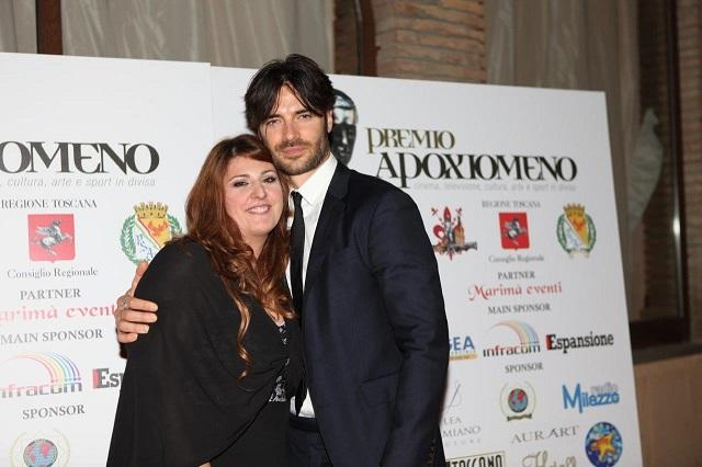 """Premio Apoxiomeno: Mariangela Savonarota con Giulio Berruti premiato per """"Squadra Antimafia"""""""