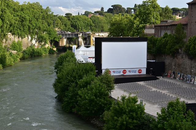 Hollywood-sul-tevere-l-isola-del-cinema2