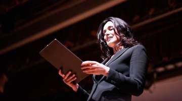 L'Isola dei Fiori: la solidarietà danza sulle note di Franco Micalizzi