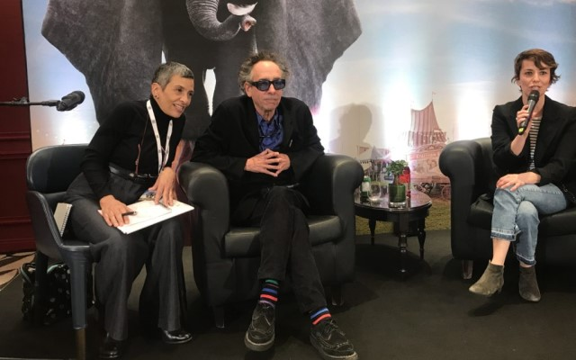 Tim Burton presenta Dumbo