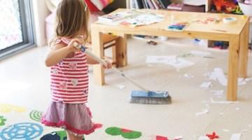 Faccende domestiche e bambini: quei piccoli compiti, che fanno crescere