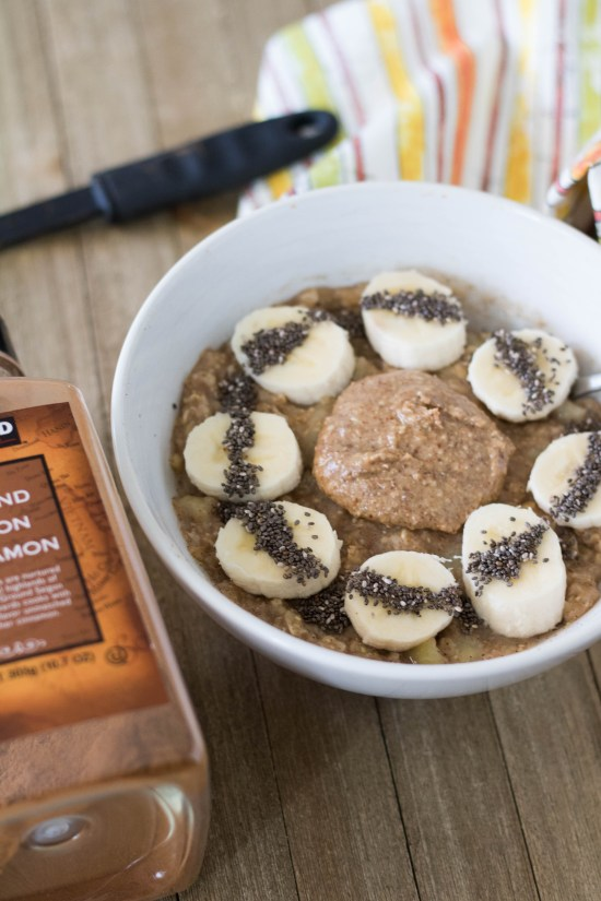 healthy banana oatmeal with cinnamon and nut butter