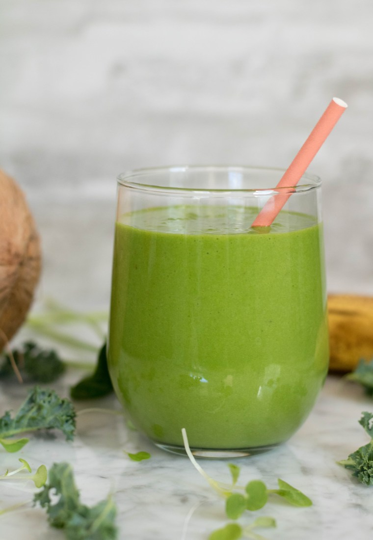 You won't believe what's in this Spinach and Kale Smoothie
