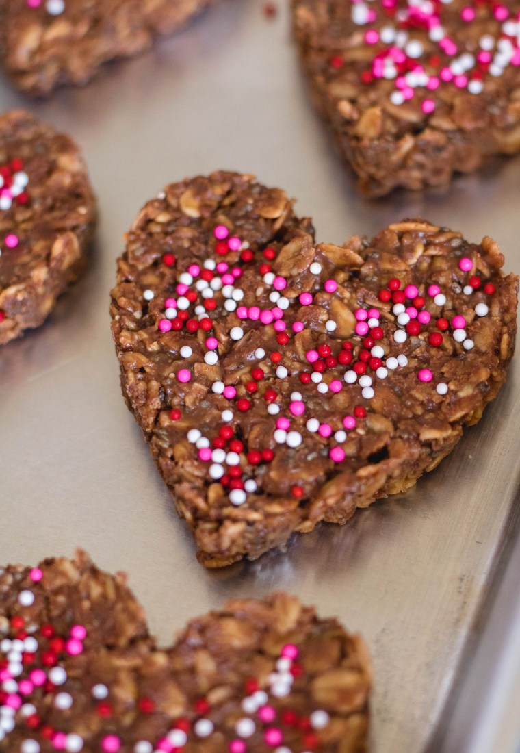 Healthy No Bake Cookies | Valentine's Day