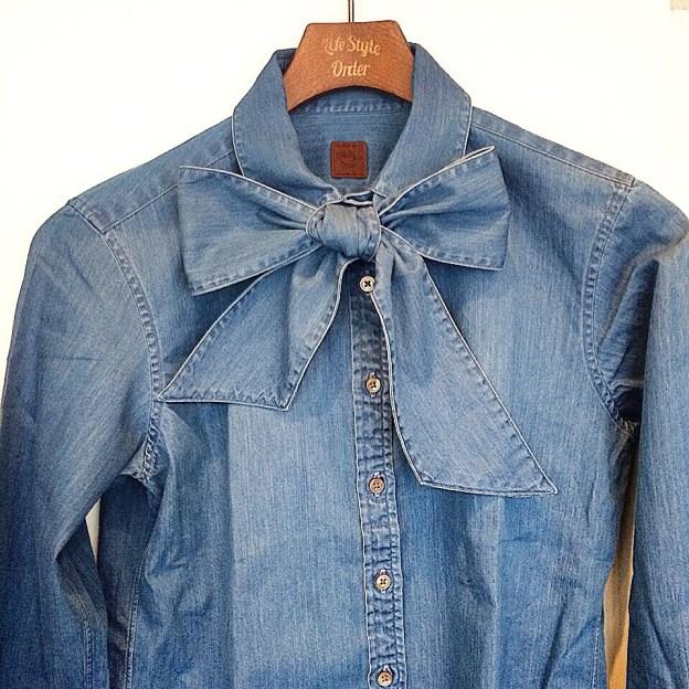 デニム素材のレディースオーダーシャツ