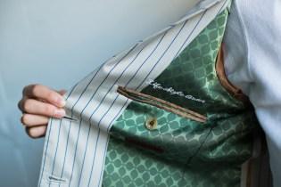 可愛いクローバー柄の裏地が付いたレディースのノーカラータイプのオーダースーツ|lifestyleorder