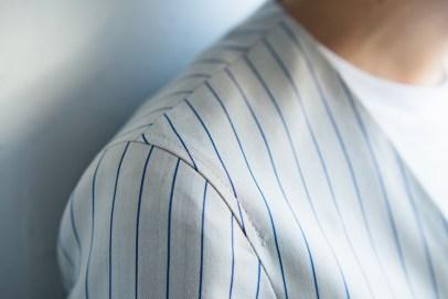 肩パットの無いシャツ袖のレディースオーダースーツ|lifestyleorder