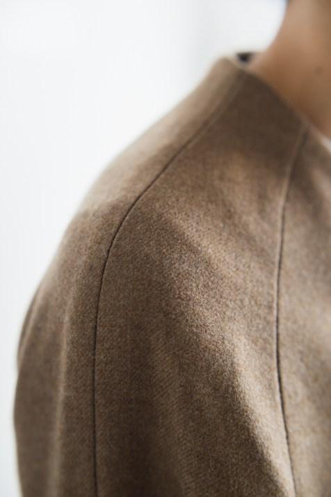 ラグランスリーブのデザインでレディースオーダーコート|lifestyleorder