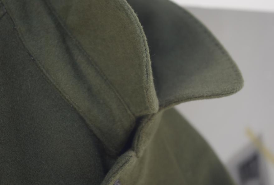 グリーンステンカラーコート
