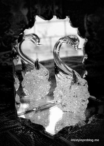 Pair Swans Crystal