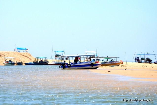 Poovar Golden Sand Beach
