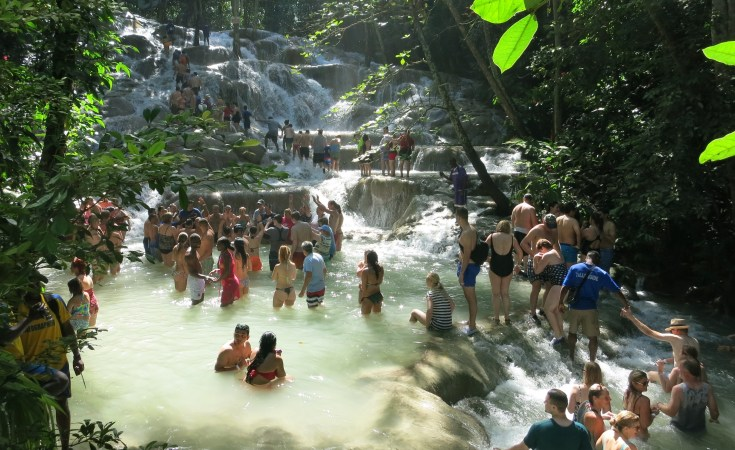 Jamaica Travel tips - Dunn's River Falls