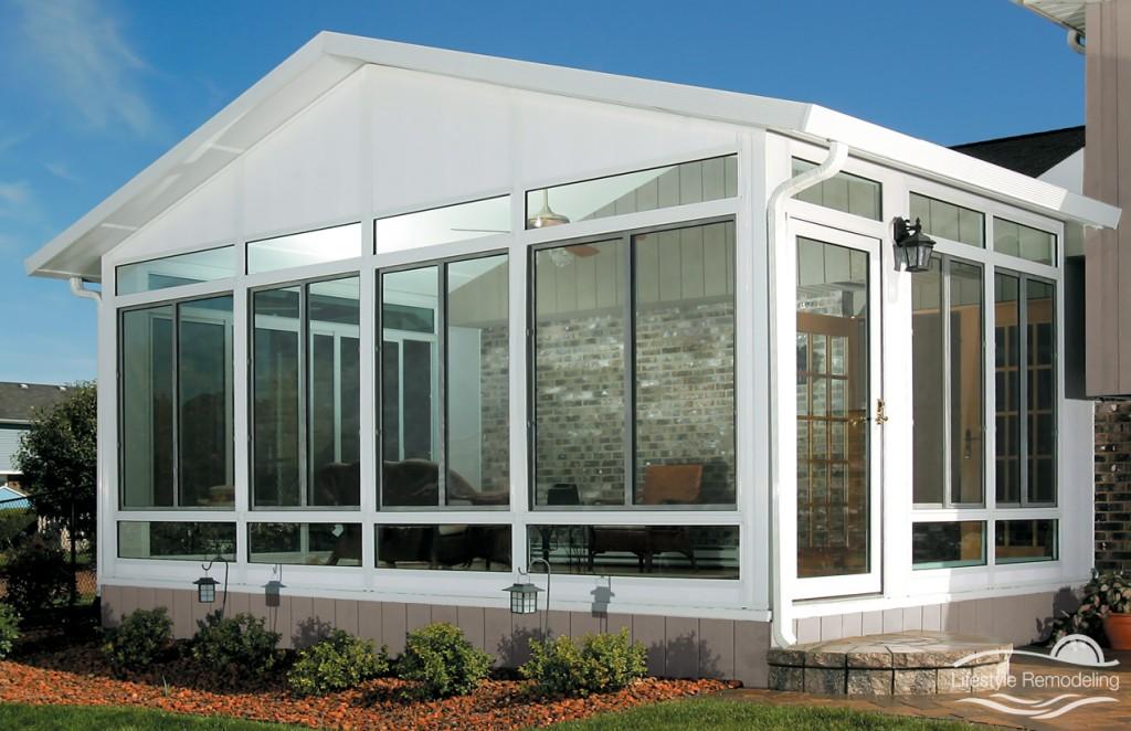 glass windows vs acrylic windows for